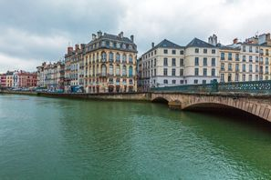 Lloguer de cotxes Bayonne, França
